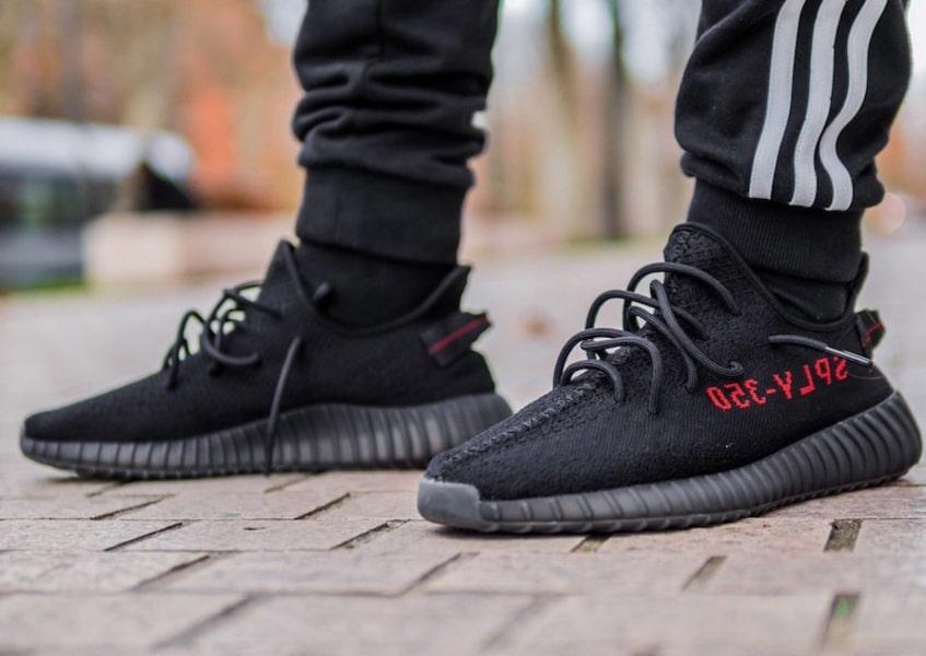 Adidas Yeezy Black red