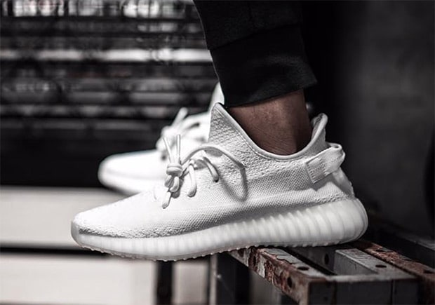 d6418a749 Yeezy Boost 350 v2 Triple White Early Links