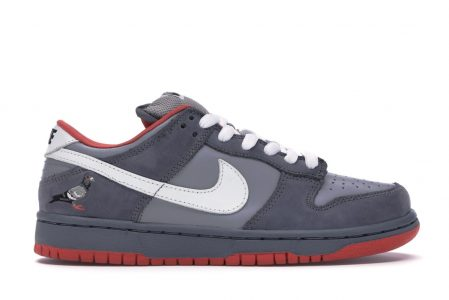 Nike Dunk SB Low Staple